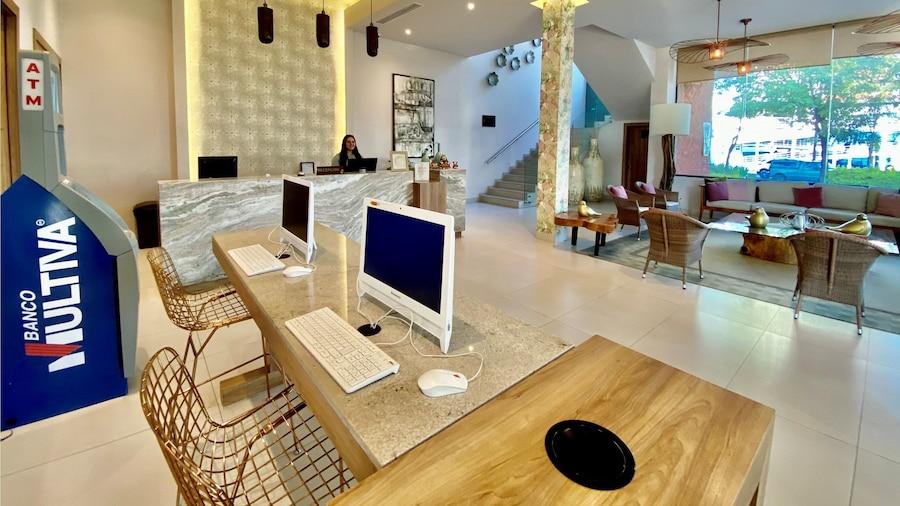 Áurea Hotel & Suites