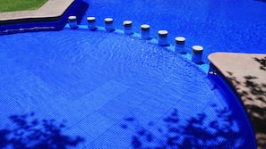 Outdoor pool, open 10:00 AM to 8:00 PM, sun loungers