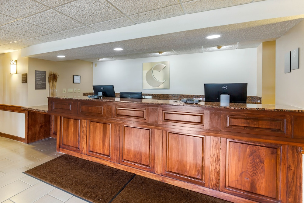 Reception, Comfort Inn & Suites
