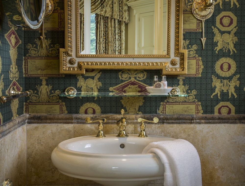 Bathroom, The Chanler at Cliff Walk