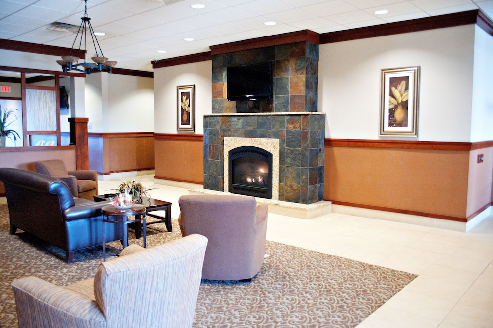 Fireplace, Quality Inn & Suites Conference Center and Water Park