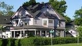 Lady of the Lake - Skaneateles Hotels