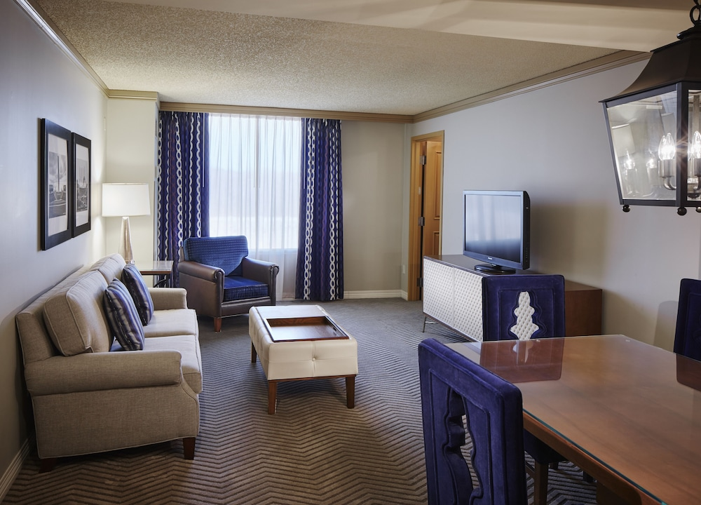 Living Area, Harrah's North Kansas City Resort & Casino