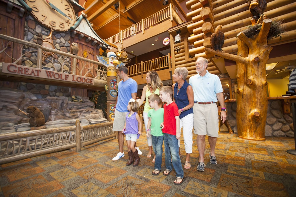 great wolf lodge wisconsin dells 2019 room prices 130. Black Bedroom Furniture Sets. Home Design Ideas