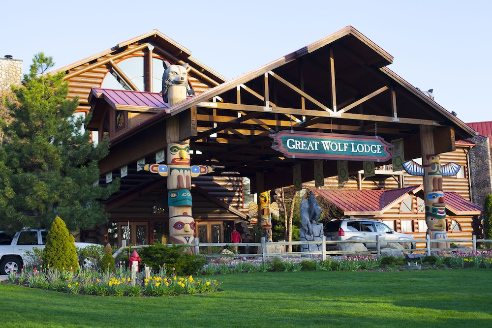 great wolf lodge wisconsin dells wisconsin dells wi 1400. Black Bedroom Furniture Sets. Home Design Ideas