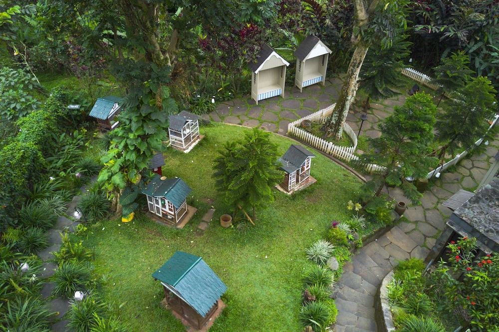 Novus Giri Resort Spa Deals Reviews Cipanas Idn Wotif