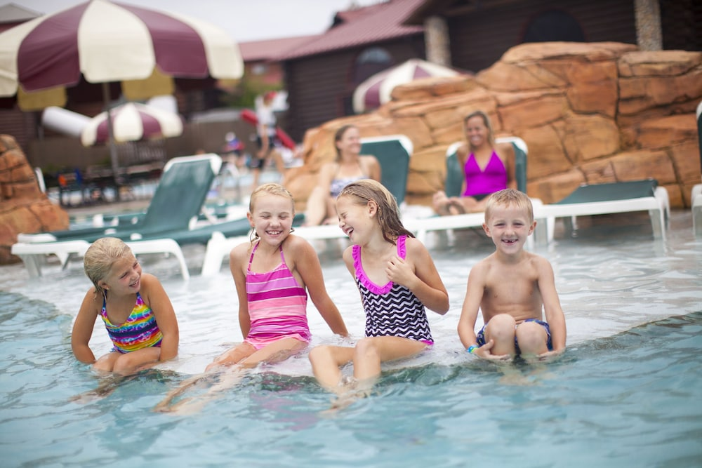 Nov 24, · Search for the cheapest hotel deal for Great Wolf Lodge Sandusky Oh in Sandusky. KAYAK searches hundreds of travel sites to help you find and book the hotel deal at Great Wolf Lodge Sandusky Oh that suits you best. Latest prices for hotel starting at $ per night (Save up to 25%).
