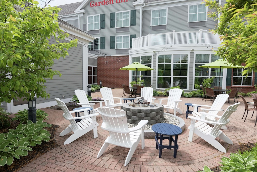 Terrace/Patio, Hilton Garden Inn Freeport Downtown