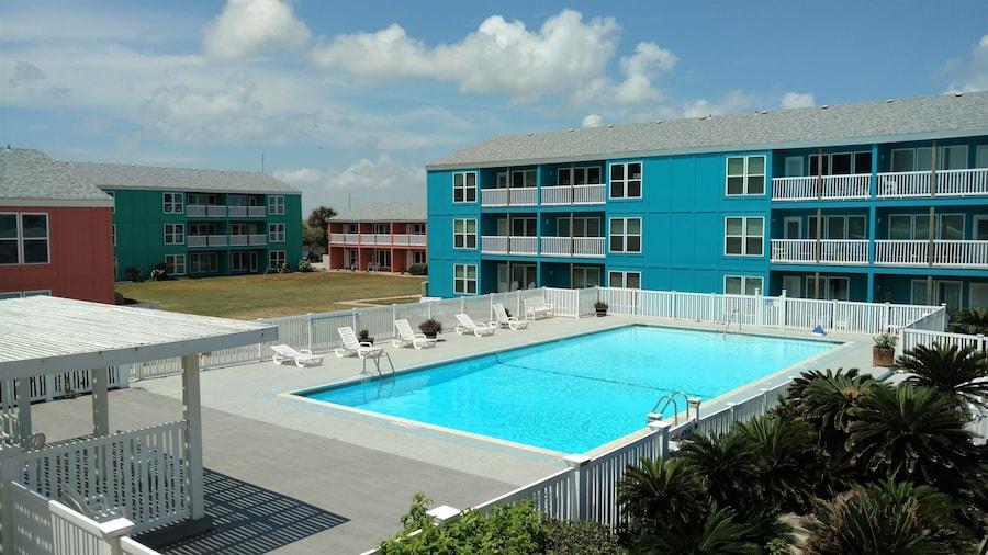 Executive Keys Condominiums on the Beach