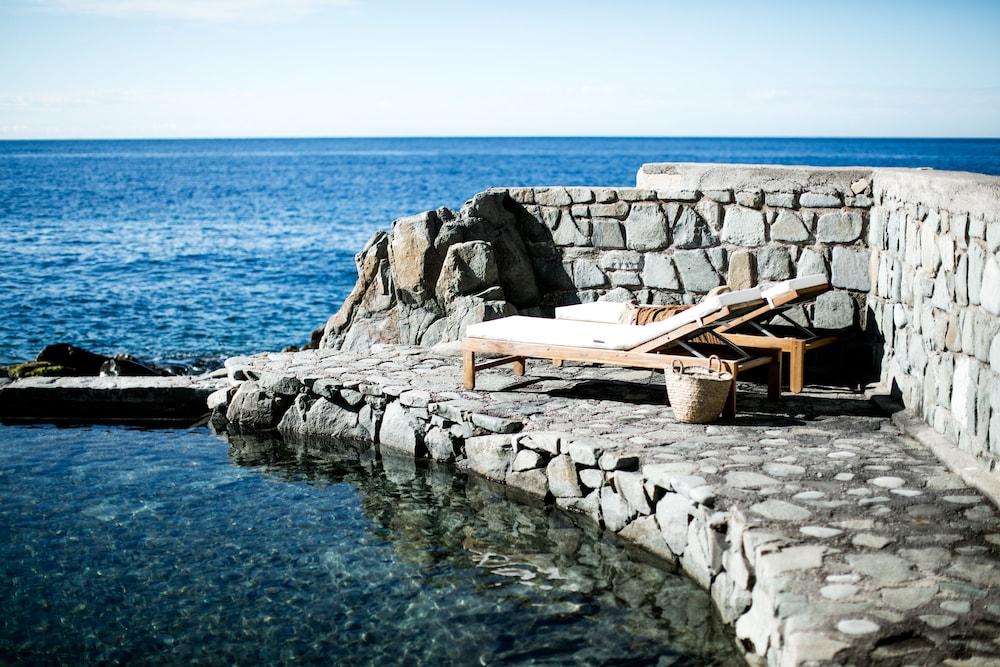 h tel les roches rouges in saint raphael hotel rates reviews on orbitz. Black Bedroom Furniture Sets. Home Design Ideas
