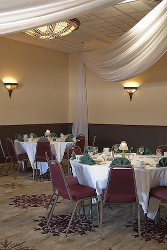 Banquet Hall, Water Street Inn