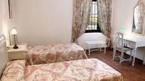 1 bedroom, Select Comfort beds, in-room safe, free WiFi