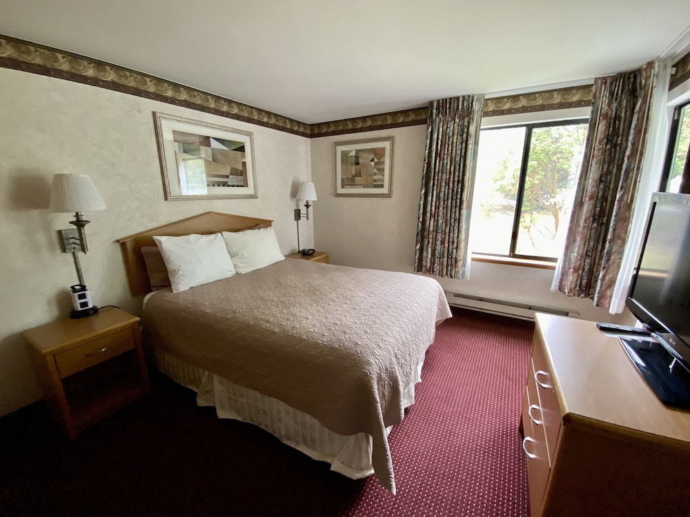 Room, Friday Harbor Suites