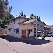 Americas Best Value Inn & Suites Clearlake Wine Country