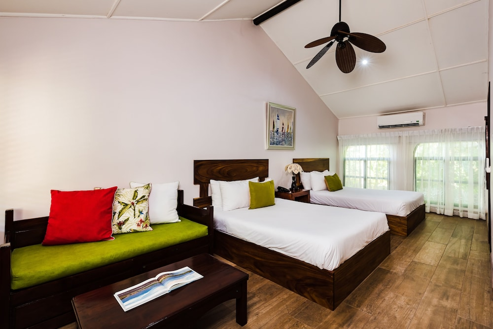 Room, Bahia del Sol Beach Front Boutique Hotel