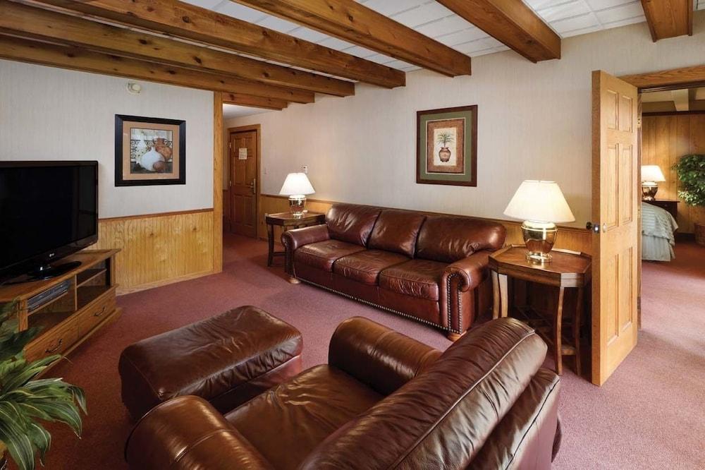 Rooms: Hueston Woods Lodge & Conference Center, Cincinnati: 2019