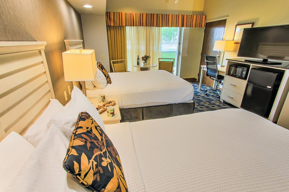Room, Maumee Bay Lodge and Conference Center