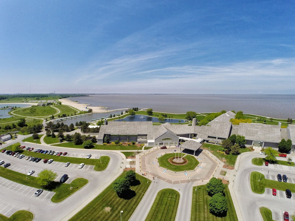 Aerial View, Maumee Bay Lodge and Conference Center