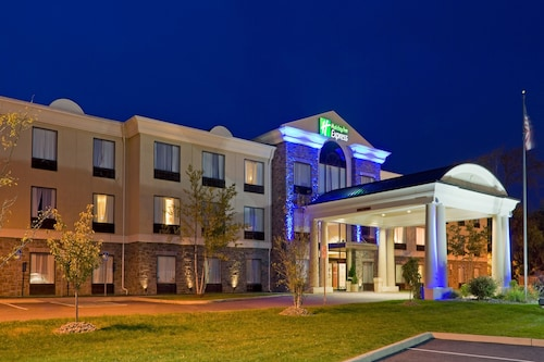 Holiday Inn Express Hotel & Suites Chester