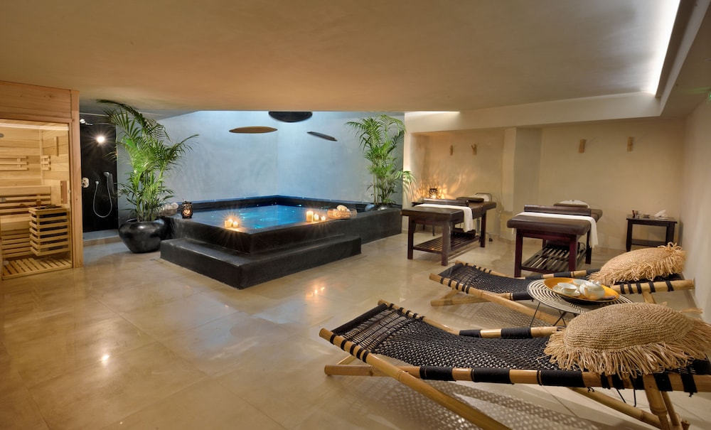 Spa, Saint John Hotel Villas & Spa