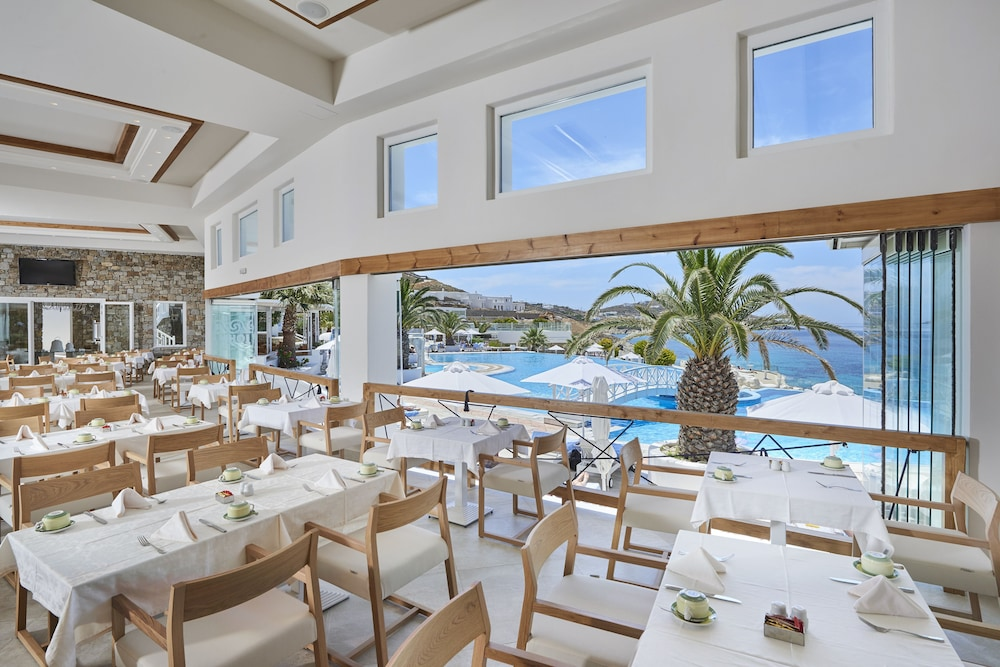 Restaurant, Saint John Hotel Villas & Spa