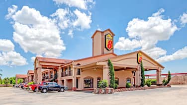 Super 8 by Wyndham Baytown/Mont Belvieu