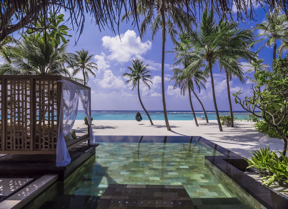 check out autumn shoes super popular One&Only Reethi Rah (Reethi Rah) – 2019 Hotel Prices ...