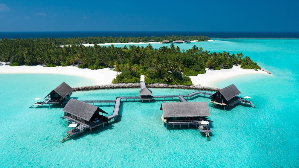 for whole family uk store fashion One&Only Reethi Rah in Reethi Rah | Hotel Rates & Reviews on ...