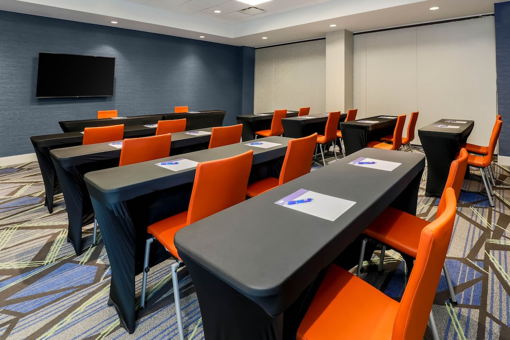 Meeting Facility, Holiday Inn Express Hotel & Suites Fort Worth Downtown, an IHG Hotel