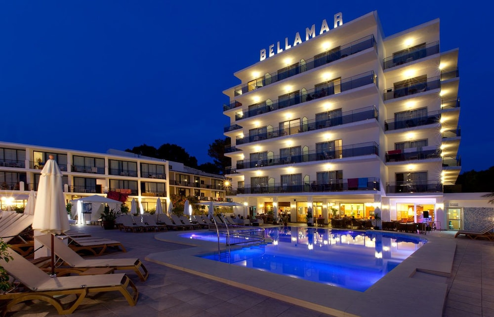 Front of Property, Bellamar Hotel Beach & Spa