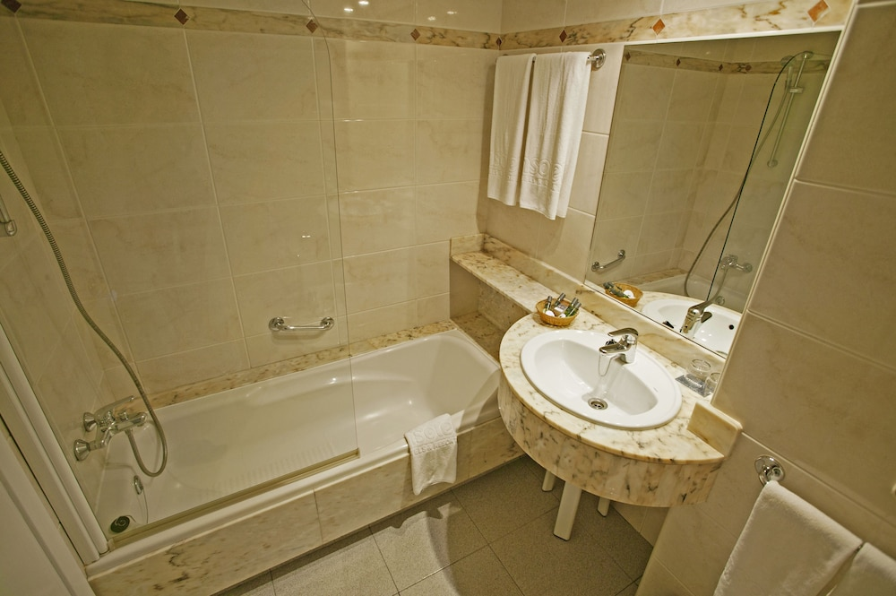 Bathroom, Insotel Hotel Formentera Playa