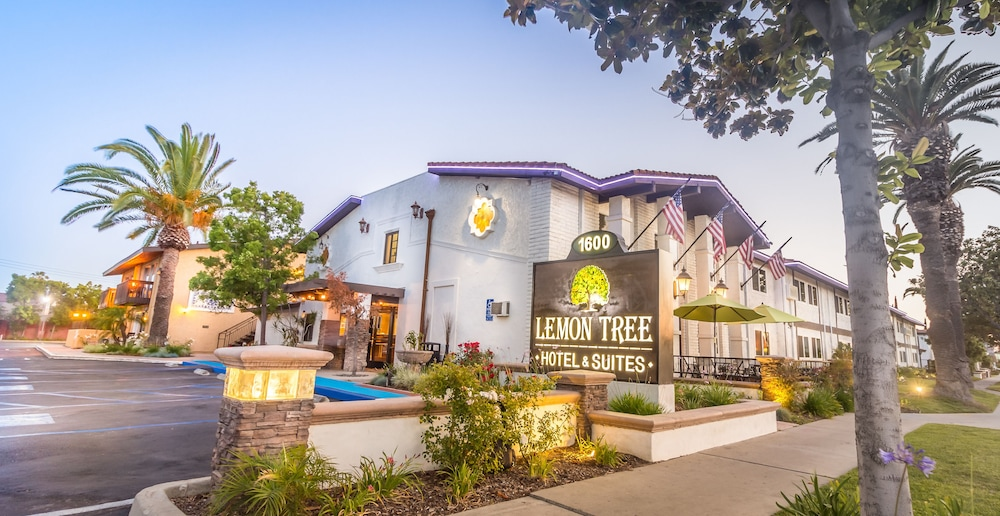 Front of Property, Lemon Tree Hotel & Suites Anaheim