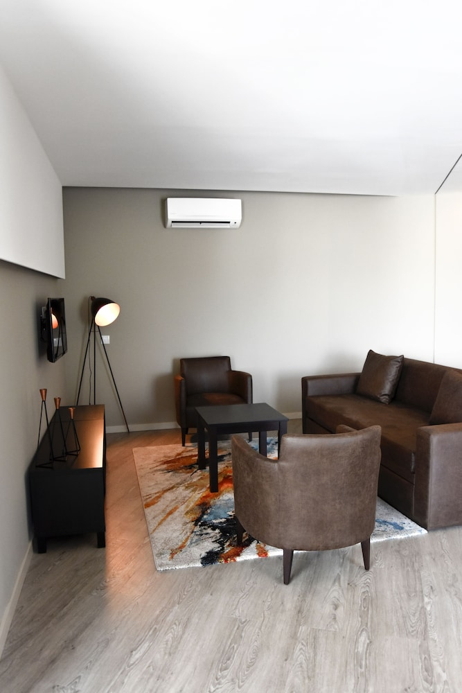 Living Area, AP Maria Nova Lounge
