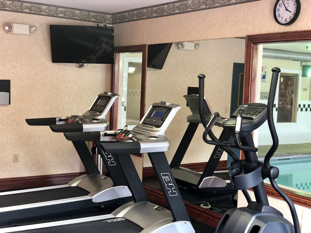 Fitness Facility, Country Inn & Suites by Radisson, Hot Springs, AR