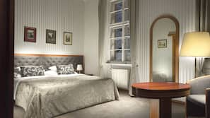 防敏寢具、迷你吧、房內夾萬、家具佈置各有特色