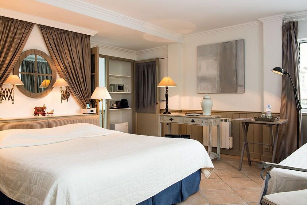 ch teau de courban spa nuxe deals reviews courban. Black Bedroom Furniture Sets. Home Design Ideas