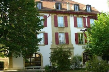 Front of Property, Hôtel Restaurant Bellevue Onnens