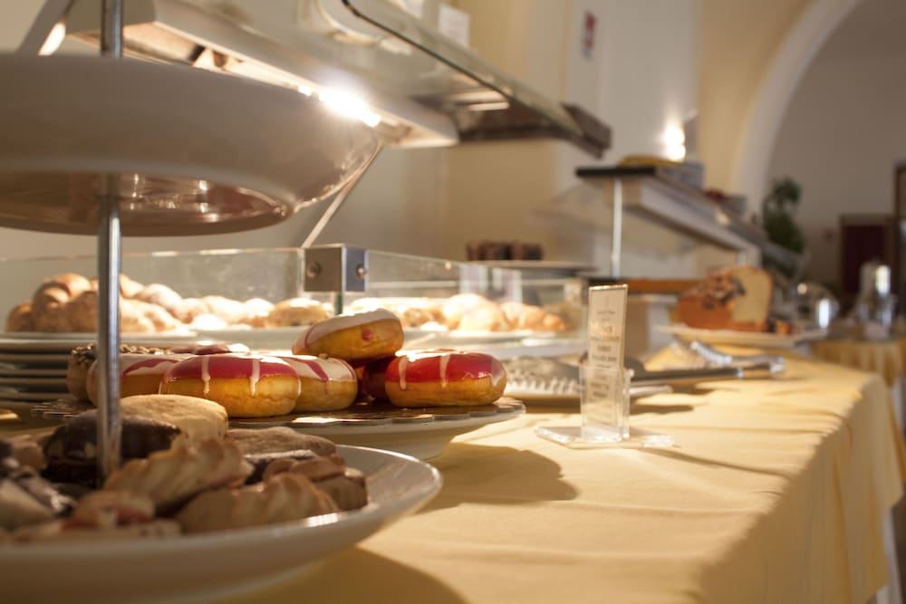Buffet, Grand Hotel Miramare