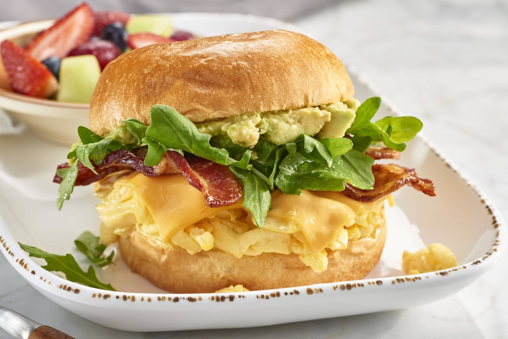 Breakfast Meal, Courtyard by Marriott Boston-South Boston