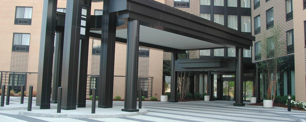Porch, Courtyard by Marriott Boston-South Boston