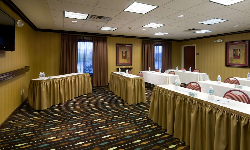 Meeting Facility, Hampton Inn Stow