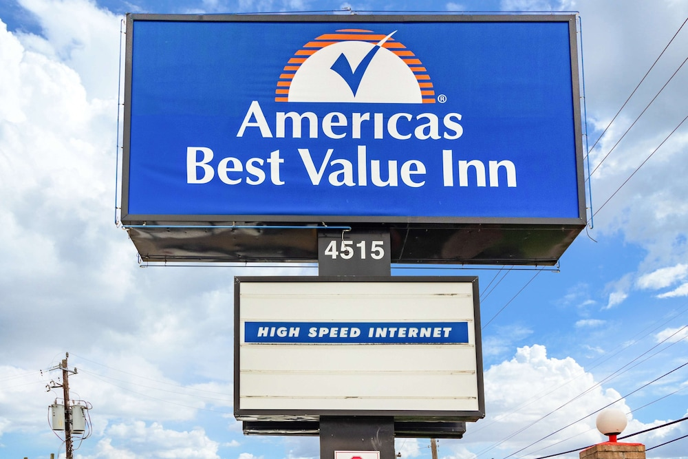 Exterior, Americas Best Value Inn Houston at I-45 & Loop 610