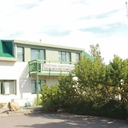 BB 44 Guest House