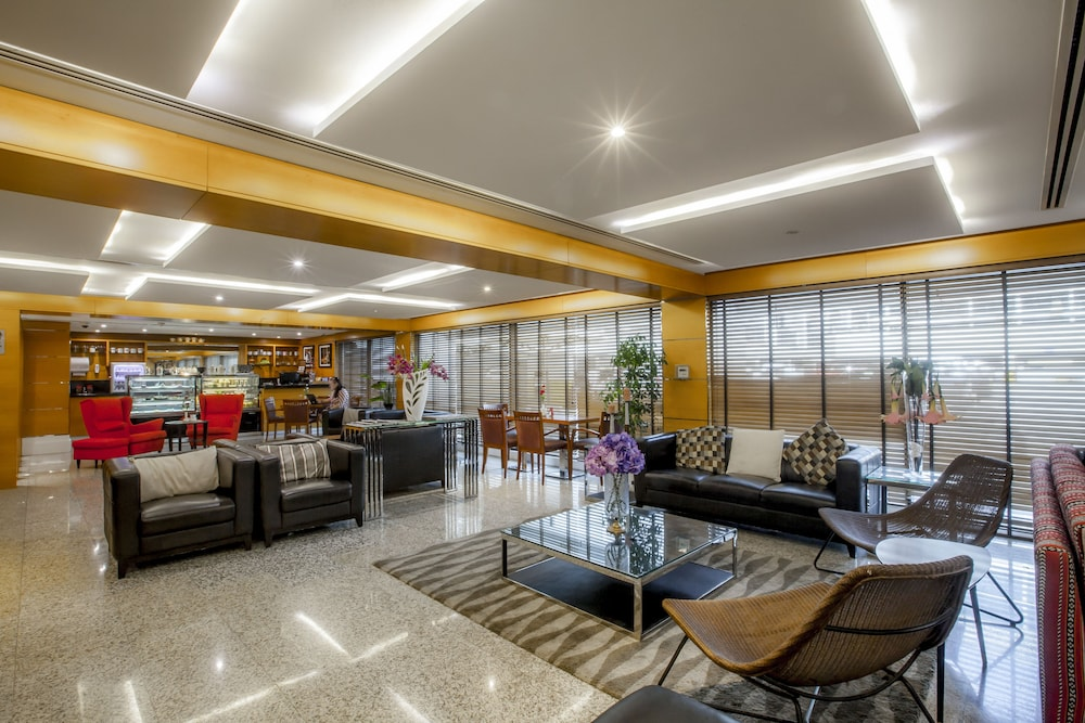 Lobby, Golden Sands Hotel Apartments
