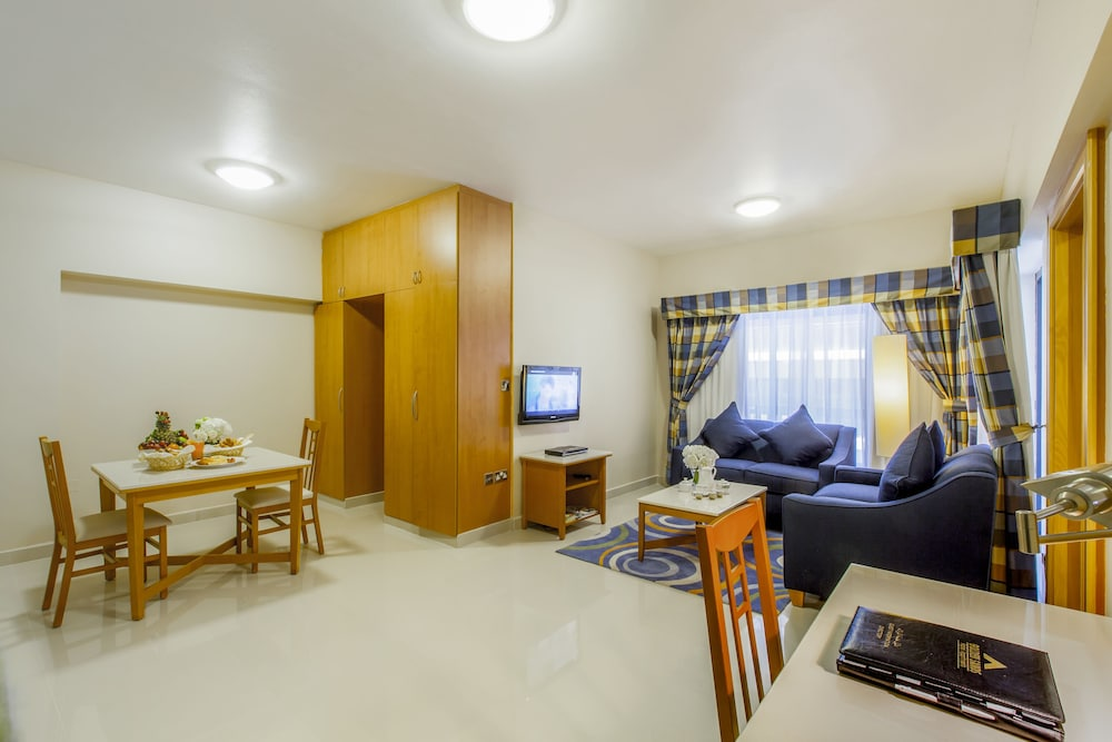 Living Area, Golden Sands Hotel Apartments