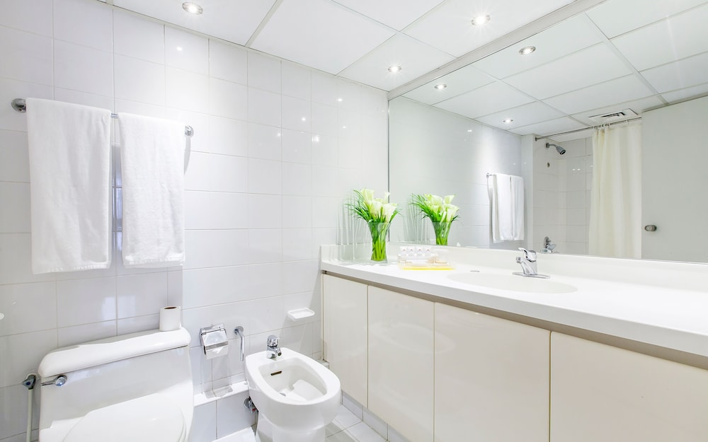 Bathroom, Golden Sands Hotel Apartments