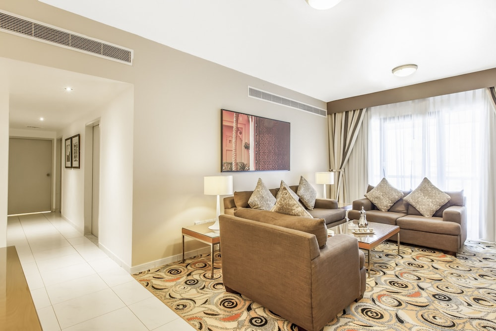 Living Room, Golden Sands Hotel Apartments