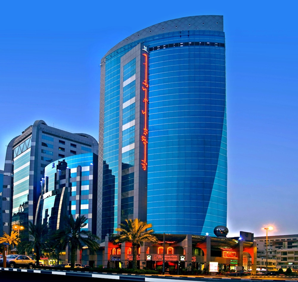 Book emirates concorde hotel suites dubai hotel deals for Dubai hotel deals for residents