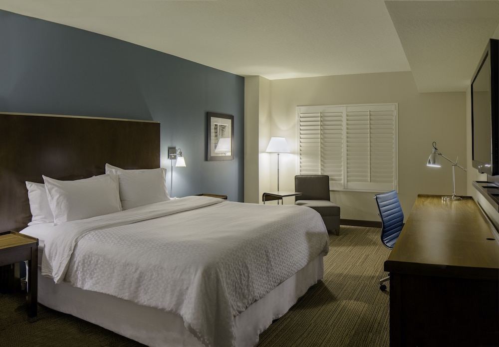 Room, Four Points by Sheraton Cocoa Beach