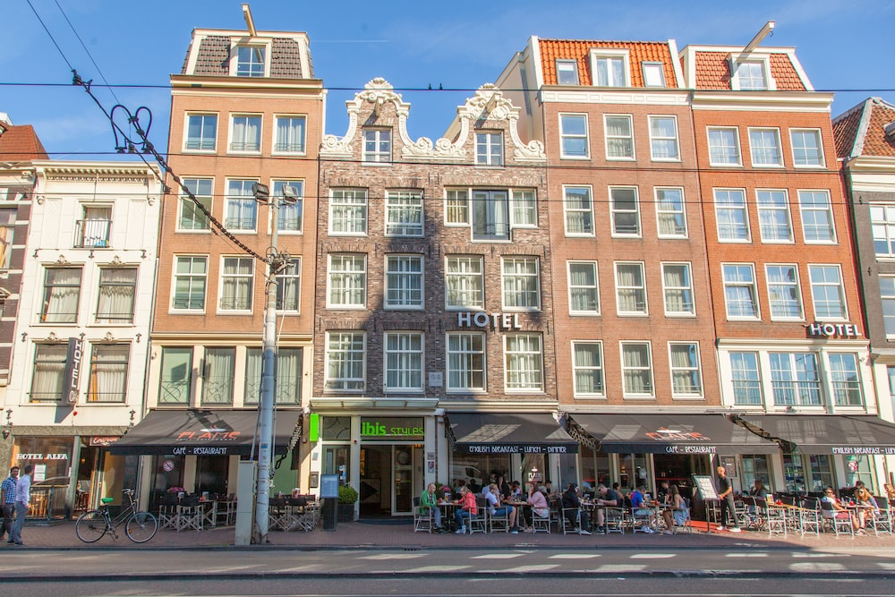 Ibis Styles Amsterdam Central Station In Amsterdam Hotel